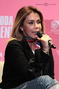 Sabine Moussier elenco de la pelicula La Boda de Valentina en conferencia de prensa 1