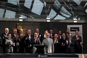 UNIFIN recibe reconocimiento otorgado por la Bolsa Mexicana de Valores, durante una ceremonia de timbrazo 3