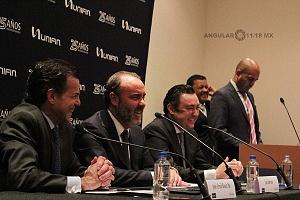 UNIFIN recibe reconocimiento otorgado por la Bolsa Mexicana de Valores, durante una ceremonia de timbrazo conferencia de prensa 1