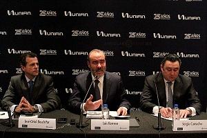 UNIFIN recibe reconocimiento otorgado por la Bolsa Mexicana de Valores, durante una ceremonia de timbrazo conferencia de prensa 2