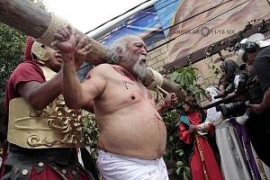 175 representación de la Psión de Cristo en Iztapalapa Inicio del Viacrucis recorrido de los ladrones Dimas y Gestas