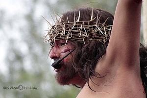 175 representación de la Psión de Cristo en Iztapalapa Inicio del Viacrucis retrato del Cristo de Iztapalapa retrato en la Cruz