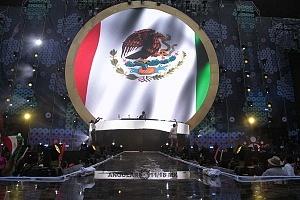 DJ Jax Jones en los World Dance Music Radio Awards 2018 en el Estadio Azteca