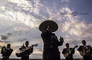 El Hipódromo de las Américas festeja su 75 aniversario con mariachis