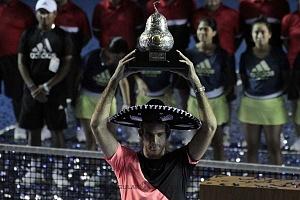 Juan Martín del Potro campeon del Abierto Mexicano de Acapulco 2018 con el trofeo de campeon 2