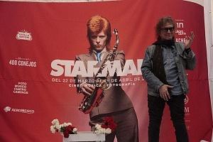 MIck Rock Inaugura Oficialmente en México la Exposición STARMAN del mítico David Bowie 4