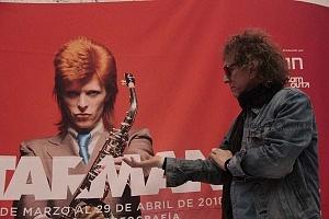 MIck Rock Inaugura Oficialmente en México la Exposición STARMAN del mítico David Bowie 6