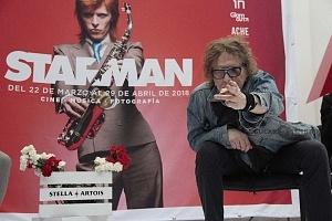 MIck Rock Inaugura Oficialmente en México la Exposición STARMAN del mítico David Bowie.