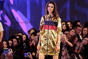 TOP MODEL BLANCA PADILLA EN EL FASHION FEST PRIMAVERA VERANO 2018