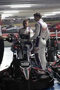 Virgin racing de Fórmula E; presento a sus pilotos Alexander Lynn y Sam Bird exhibición carros go karts 2