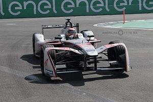 auto de la escuderia VENTURI de Fórmula Electrica piloto Edoardo Mortara 1