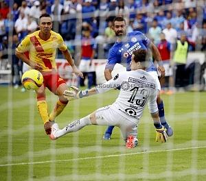 Gol de Martin Cauteruccio en la jornada 16 frente al Morelia