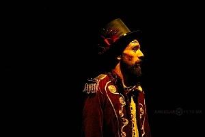 Lacuna, el circo de todos, es una propuesta de la diseñadora Sol Kellan y dirigida por Nicolás Bermat 1