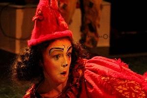 Lacuna, el circo de todos, es una propuesta de la diseñadora Sol Kellan y dirigida por Nicolás Bermat OU