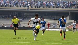 Matías Alustiza aprovechó un rechazo de la defensa fuera del área y con un disparo imparable vence al arquero queretano Tiago Volpi.