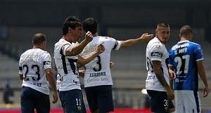 festejo del gol que pone a los Pumas en la liguilla de Matías Alustiza contra Queretaro en la ultima jornada
