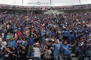 la afición del Cruz Azul se despide del estdio que dfuera su casa tras 22 años de historia en la jornda 16 del torneo Clausura 2018