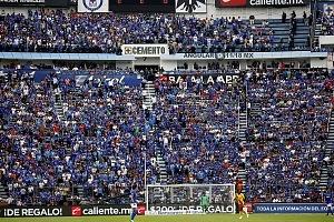 la afición del Cruz Azul se despide del estdio que dfuera su casa tras 22 años de historia en la jornda 16 del torneo Clausura 2018 u