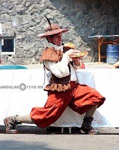 puesta en escena Un banquete para el difunto Don Quijote con la compañia La Bomba Teatro QJ