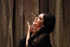 Actriz Diana Bovio en la puesta en escena Noche de Reyes interpretando a Lady Olivia teatro Helenico