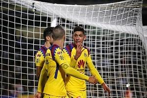 America festeja sus 4 a goles frente a los Pumas en el partido de ida de los cuartos de final del clausura 2018