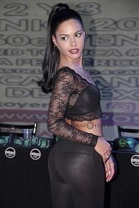 Apolonia LaPiedra Actriz de entretenimiento para adultos en la presentaciòn de Expo Sexo y Erotismo 2018 e