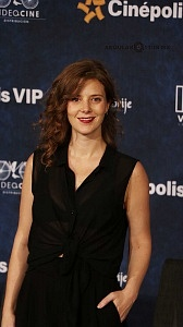 Johana Murillo Actrìz de la pelicula Eres mi Pasión en la presntaciòn para medios