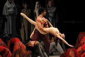 Presentación de Carmina Burana, de Nellie Happee homenaje a toda una vida en la danza ensayo general Palacio de Bellas Artes 2018 ultimo acto