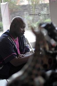 XV Festival del Tambor y las Culturas Africanas en Mèxico venta de artesanias Africanas en el marco del festival 2