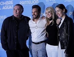 elenco de la pelicula Hombre al Agua en su estreno en México