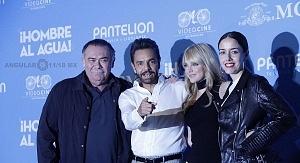 elenco de la pelicula Hombre al Agua en su estreno en México 4