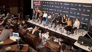 elenco ,director y productores de la película Eres mi pasión en la presentaciòn para medios 1