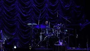 Con las alas coloradas el debut de La Rumorosa en el Teatro de la Ciudad baterista
