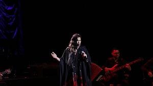 cantante y compositora María Inés Ochoael en el debut de La Rumorosa en el Teatro de la Ciudad 5