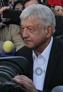 Andrés Manuel López Obrador es el nuevo Presidente Electo de México durante la jornada electoral