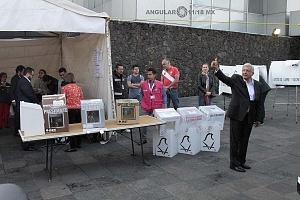 Candidato a la presidencia de México Andrés Manuel López Obrador, por la coalición Juntos haremos historia despues de realizar su voto