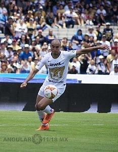 Carlos Gonzalez jugador de Pumas autor del tercer gol frente al Necaxa