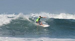 Hurley Surf Open Acapulco 2018 participante licra verde