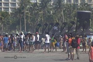 Hurrley Surf Open Acapulco 2018 playa revolcadero cuartos de final playa revolcadoro espectadores