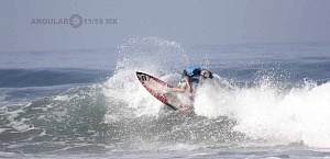 Hurrley Surf Open Acapulco 2018 playa revolcadero cuartos de final playa revolcadoro hit 1