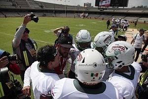 México derrota a Estados Unidos en el mundial de Futbolamericano U-19 por 33-6 en el estadio Olimpico Universitario en CU