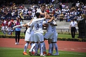 Pumas derrota al Necaxa en la jornda 2 del torneo apertura 2018 por 5 goles a 3 estadio olímpico universitario festejo