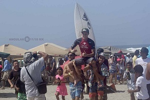 Surfista Lucca Mesinas ganador absoluto del Hurrley Surf Open Acapulco 2018 1