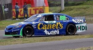 Auto Rubén García Jr escuderia Canels septima fecha del campenota NASCAR México auto numero 88
