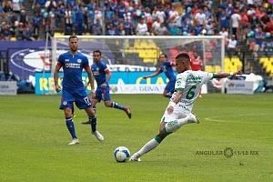 CRUZ AZUL mantiene lo invicto al vencer a la Fiera del LÉON 3 a 0 en la jornada 5 del torneo de la Liga MX apertura 2018