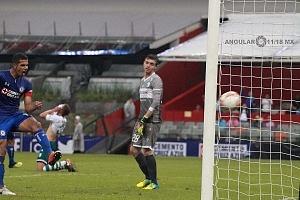 Cruz Azul le Gana en el Torneo de Copa al Zacatepec 2-0 en el Estadio Azteca gol de la maquina