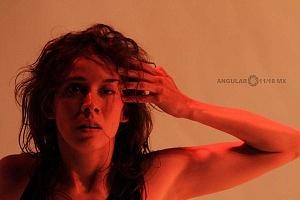 El proyecto de danza contemporánea MO+ presenta Amorfa interpretada por Melva Olivas 11