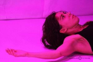 El proyecto de danza contemporánea MO+ presenta Amorfa interpretada por Melva Olivas 13