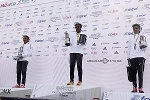 Ganadoras de la categoria femenil del Maratón de la ciudad de México 2018