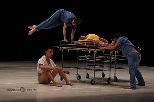 Laleget Danza presentó el estreno de Manesés y la esquizofrenia en el Palacio de Bellas Artes 2